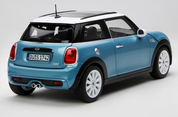 โมเดลรถ โมเดลรถเหล็ก โมเดลรถยนต์ Mini Cooper S sky blue 2