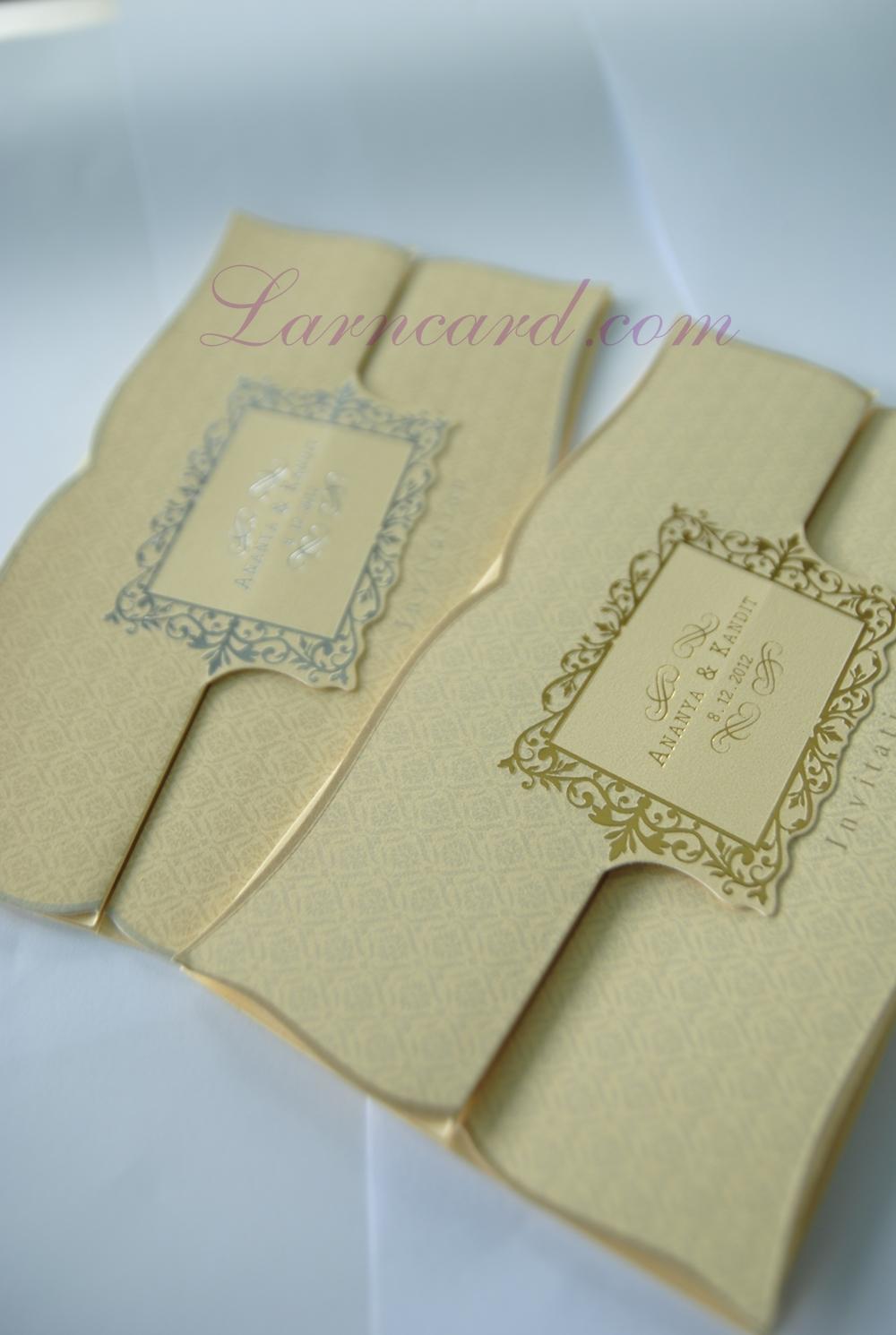 55091 การ์ดแต่งงานดีไซน์เก๋เสมือนได้ได้อ่านจดหมาย มีกรอบทองกับกรอบเงิน