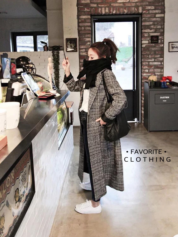 เสื้อผ้าเกาหลีพร้อมส่ง เสื้อโค้ชสูธลายสก็อต