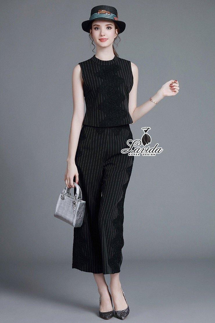 เสื้อผ้าเกาหลี พร้อมส่งเซตเสื้อ+กางเกง ดีไซน์ผ้าลายริ้วโทนสีขาวดำ