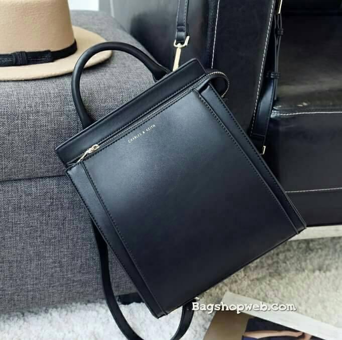 กระเป๋า CHARLES & KEITH TOP HANDLE BAG สีดำ ราคา 1,590 บาท Free Ems