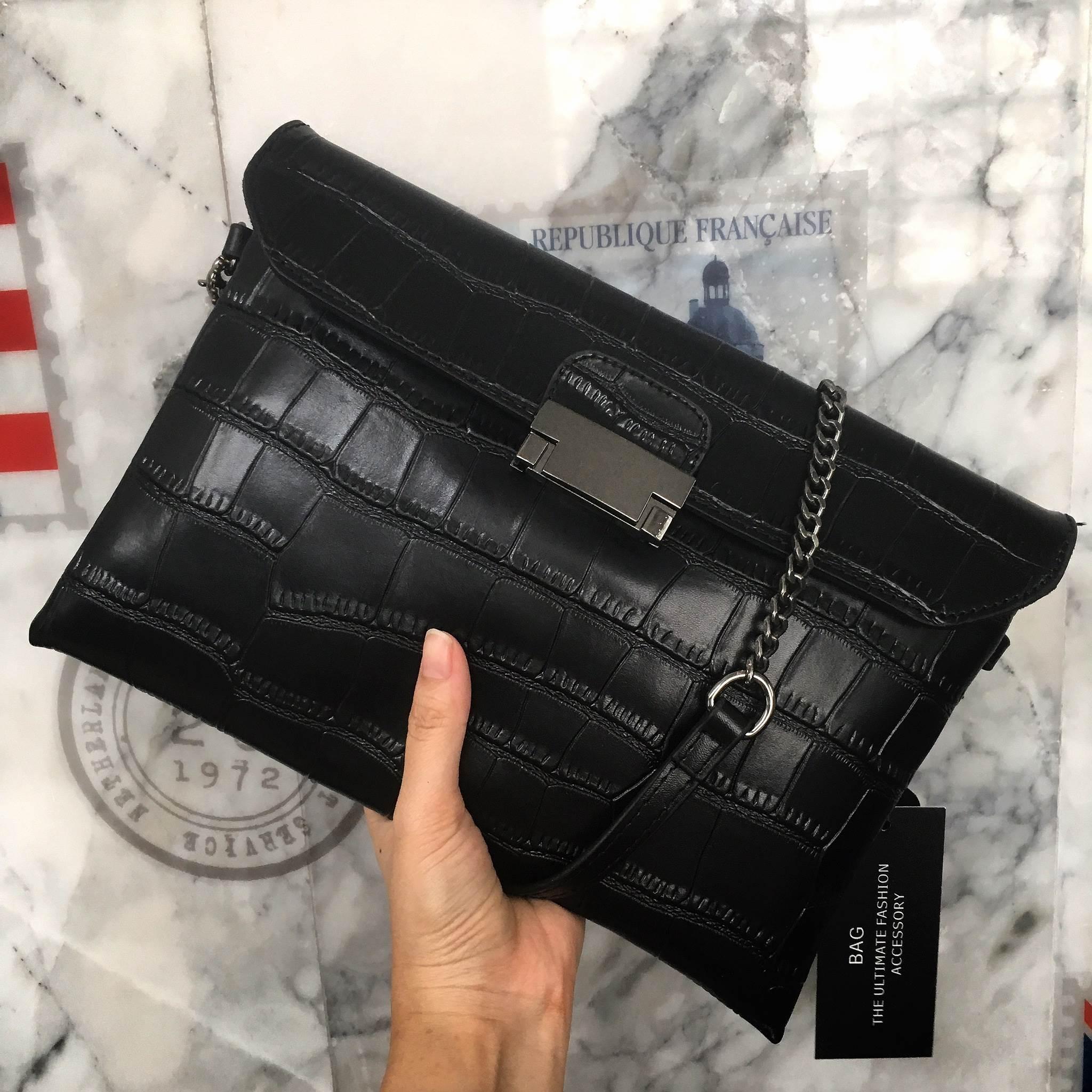 #ใบนี้หนังแท้ค่ะ สวยมาก กระเป๋า KEEP Clutch bag with strap Free Ems