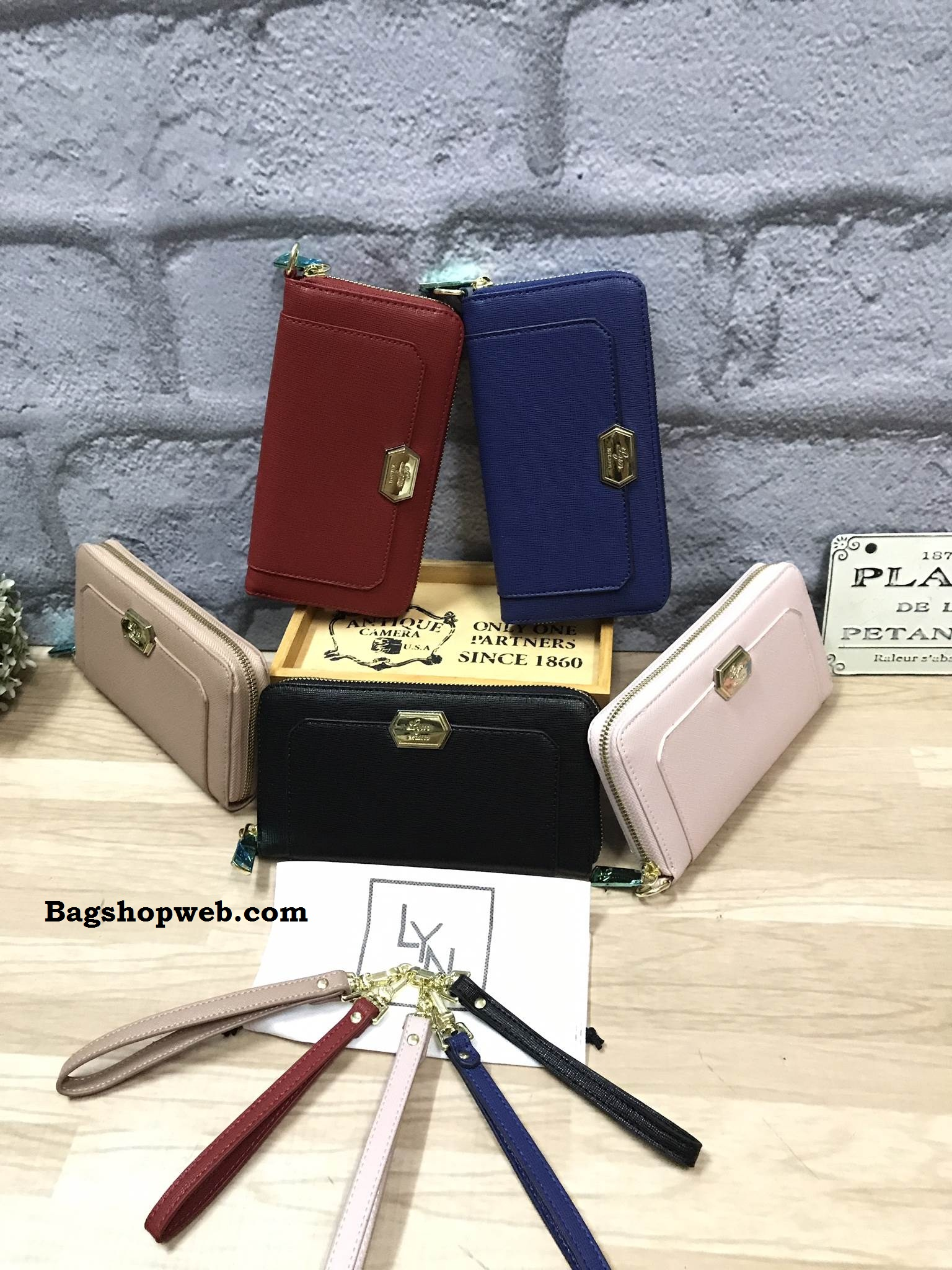 LYN Becky Long Zipper Wallet