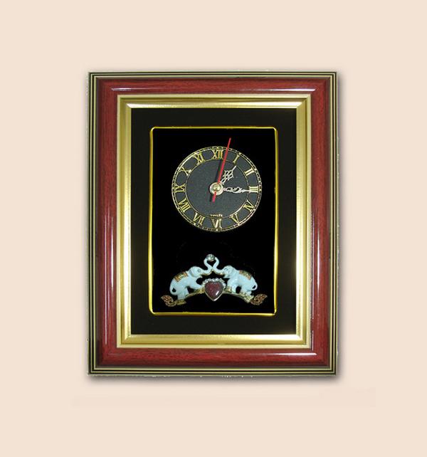 ของที่ระลึก กรอบนาฬิกาลายช้าง (ขนาด : 7 x 9 นิ้ว )