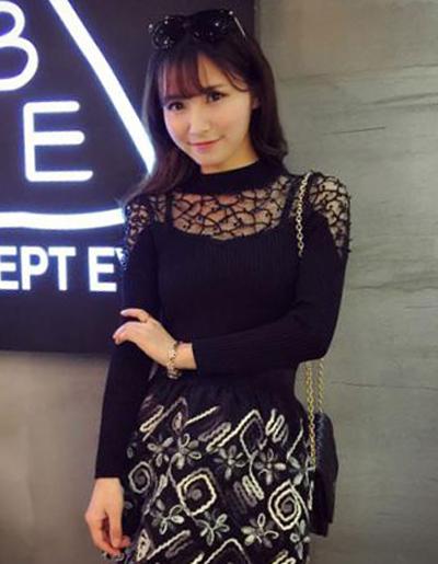 เสื้อยืดแฟชั่น คอกลม แต่งลูกไม้สวยหวานน่ารักสไตล์เกาหลี-1504-สีดำ