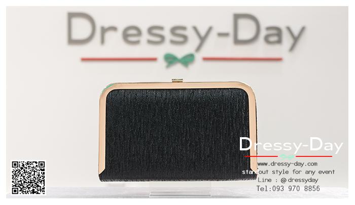 กระเป๋าออกงานพร้อ TE060 : กระเป๋าออกงานพร้อมส่ง สีดำ กระเป๋าคลัชตกแต่งกริตเตอร์สวยหรูมากค่ะ ราคาถูกกว่าห้าง ถือออกงาน หรือ สะพายออกงาน น่ารักที่สุด