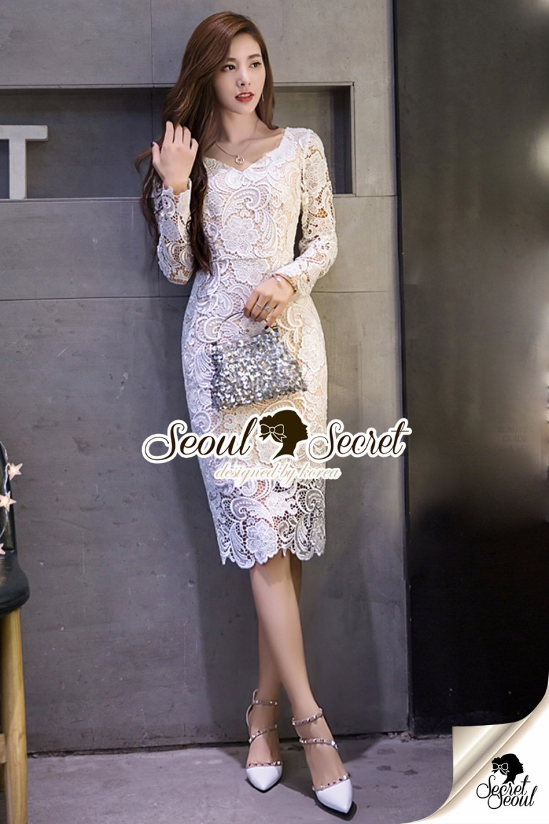 Seoul Secret Say's... Lovely V Lace Dress