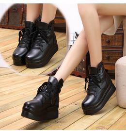 (พร้อมส่ง) รองเท้าเสริมสูงหนังPUบูทส้นหนา