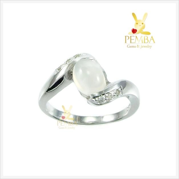 แหวนมุกดาหาร แหวนมูนสโตน เงินแท้ ชุบทองคำขาว