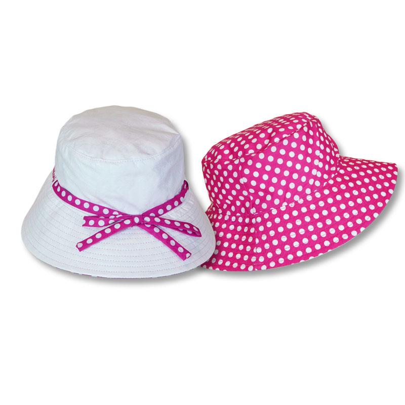 หมวกบักเก็ต ปีกรอบ กัน UV สีขาว/ชมพูเข้มลายจุด (ใส่ได้2ด้าน) by Season Tales