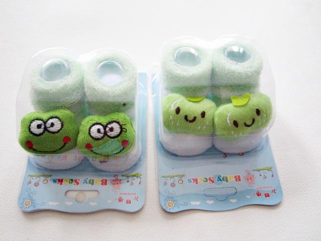 ถุงเท้าเด็กอ่อน (0-6 เดือน) ลายตุ๊กตาเปลี่ยนตามรอบการผลิต