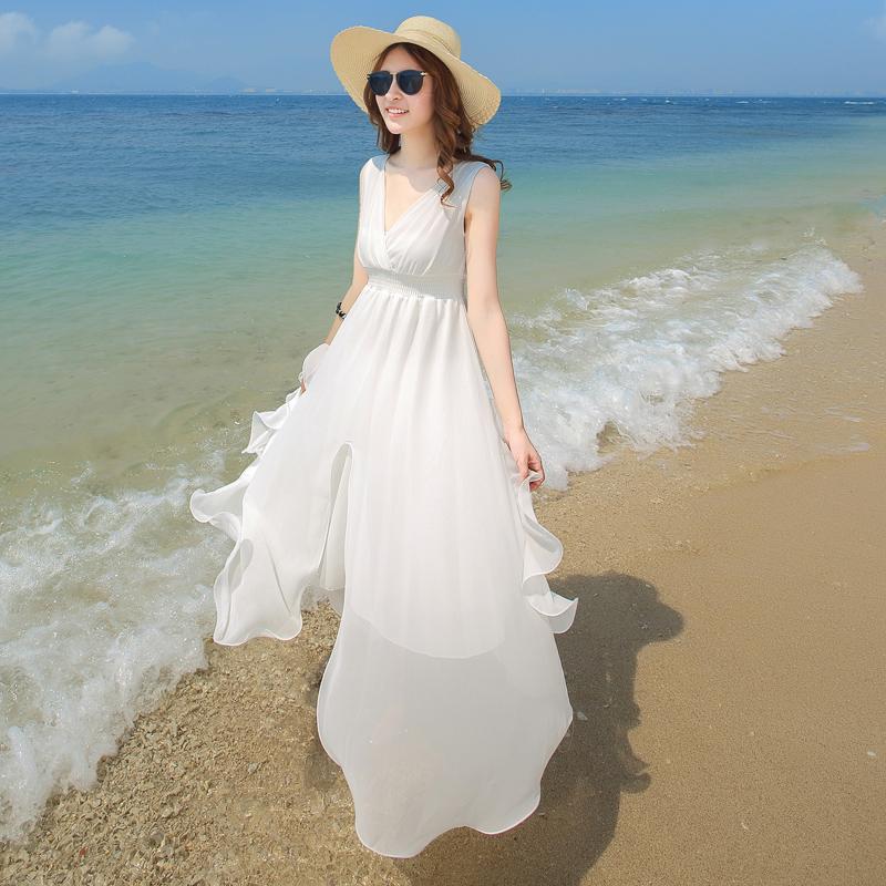 ชุดเดรสยาวเที่ยวทะเลสีขาว