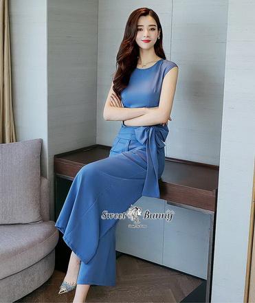 งานเกาหลีผ้าพื้นสีฟ้าเนื้อนุ่มเสื้อทรงคอกลมแขนกุด