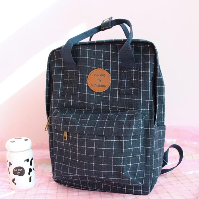 กระเป๋าเป้ผ้าขนสัตว์ลายตาราง (มีให้เลือก 2 สี)