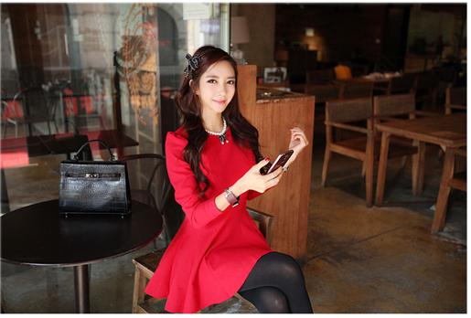 ชุดเดรสทำงานแฟชั่นเกาหลีสีแดง