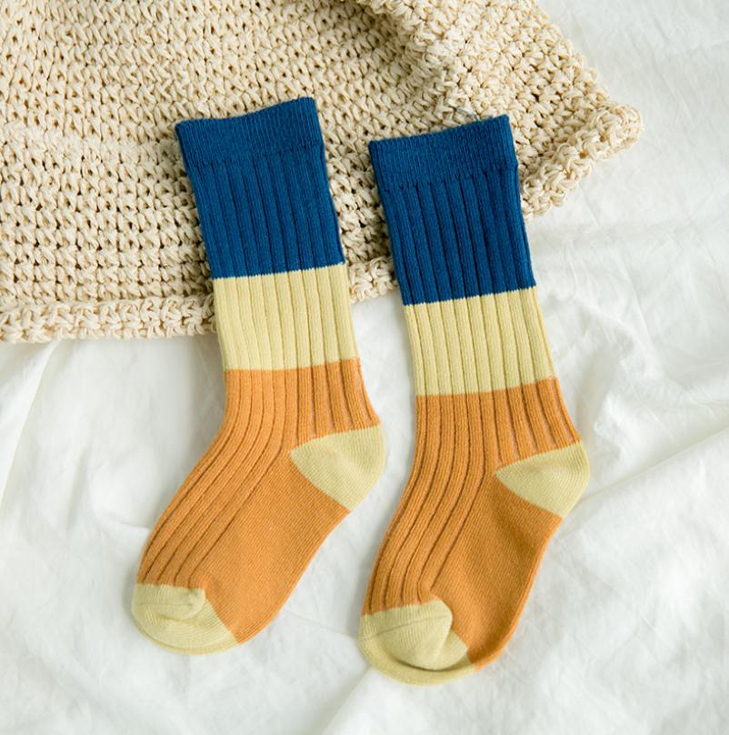 ถุงเท้ายาว แบบที่4 แพ็ค 12คู่ ไซส์ M (ประมาณ 3-5 ปี)
