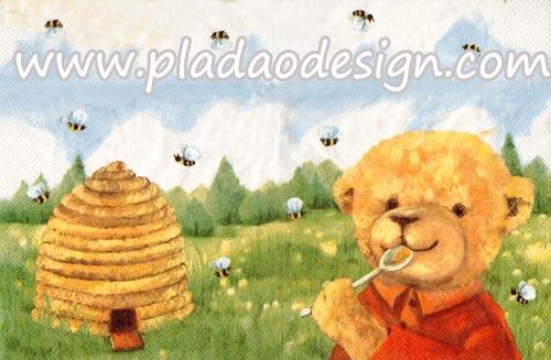 กระดาษสาพิมพ์ลาย rice paper สำหรับทำงาน handmade เดคูพาจ Decoupage แนวภาพ หมี เท็ดดี้ แบร์ Teddy brear หมีหนุ่ม ชิมน้ำผึ้ง บนทุ่งหญ้า และท้องฟ้า (pladao design)