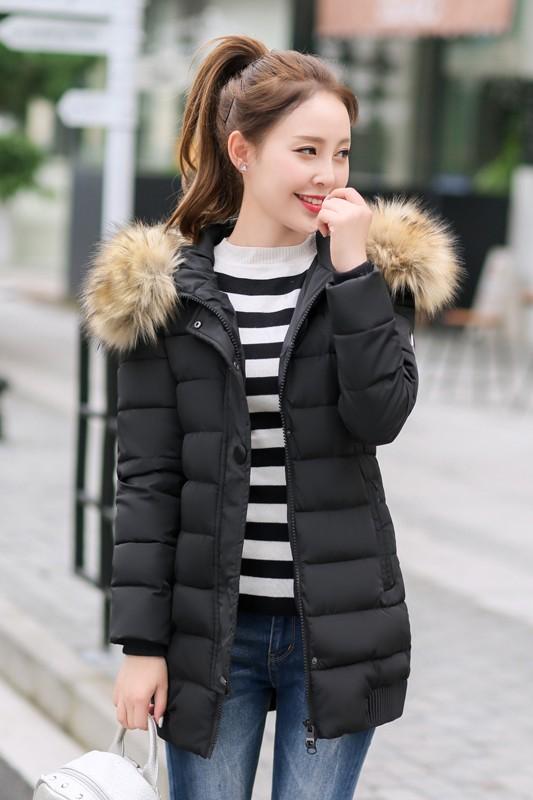 พร้อมส่ง เสื้อแจ็คเก็ตผู้หญิงแขนยาว เสื้อกันหนาวผ้าร่ม มีฮู้ด ฮู้ดขนสัตว์ถอดออกได้ สีดำ
