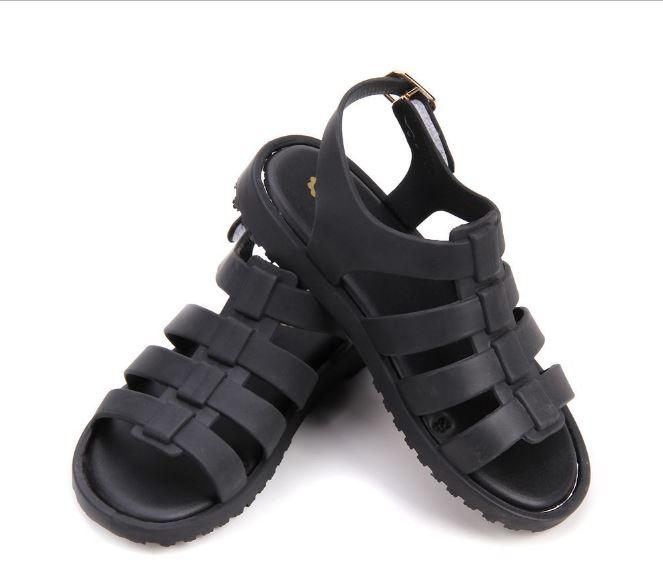 รองเท้ายางเด็กสีดำ 17.5 ซม.