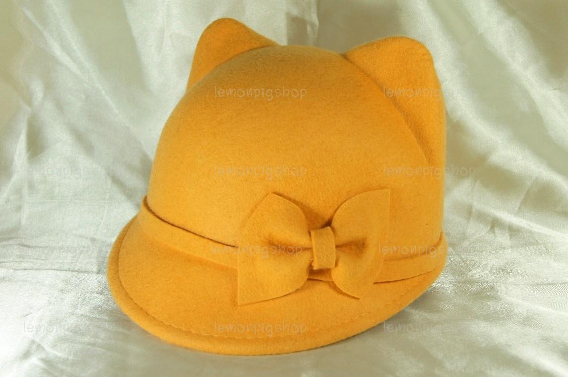 หมวกหูแมว ปีกหน้าทรงจ็อกกี้ สีเหลือง มีโบว์ น่ารักมากก !!!