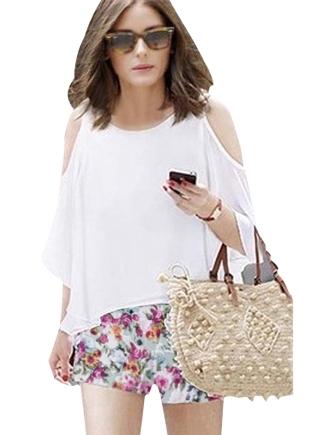 Pre Order - เสื้อ-กางเกงแฟชั่นคนอ้วน ไซส์ใหญ่ กางเกงขาสั้นผ้าลายดอกไม้สดใส เสื้อสีขาวทรงค้างคาวเปิดไหล่ ลำลองสบาย ๆ