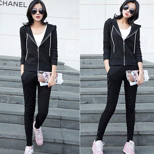++สินค้าพร้อมส่งค่ะ++Sport set เกาหลี เสื้อ Jacket แขนยาว มี Hood ซิบหน้า+กางเกงขายาว เอวจั้มผูก แต่งซิบปลายขา มี 2 สีค่ะ – สีดำ