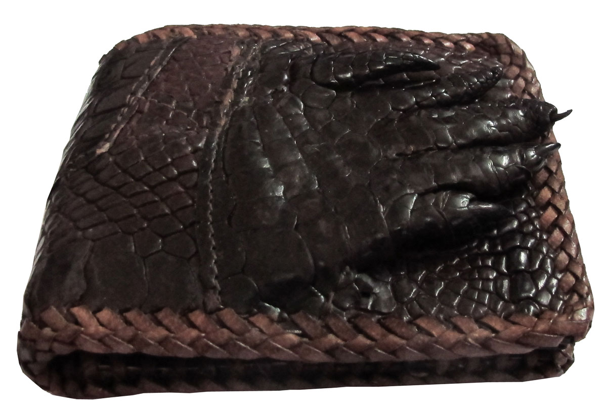 กระเป๋าสตางค์ 2 พับ หนังจระเข้เเท้ (มีนิ้วเท้า) หนังต่อเย็บมือ