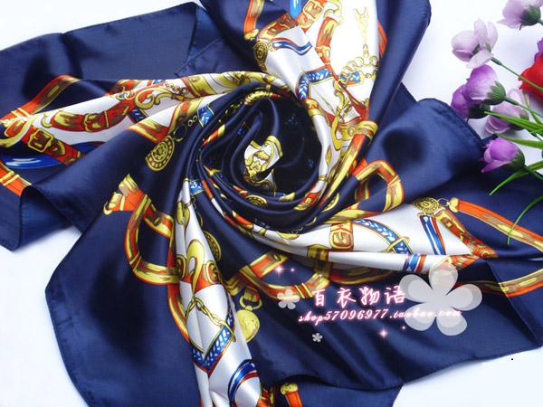 ผ้าพันคอผ้าซาติน ลายจักรรพรรดิสีน้ำเงิน